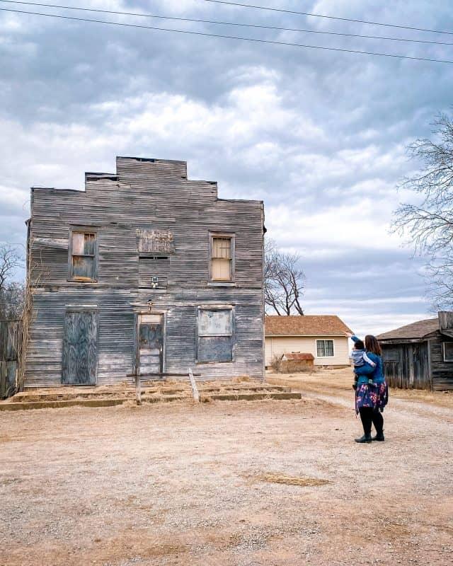 Oklahoma - Ingalls - Stephanie and Jordan