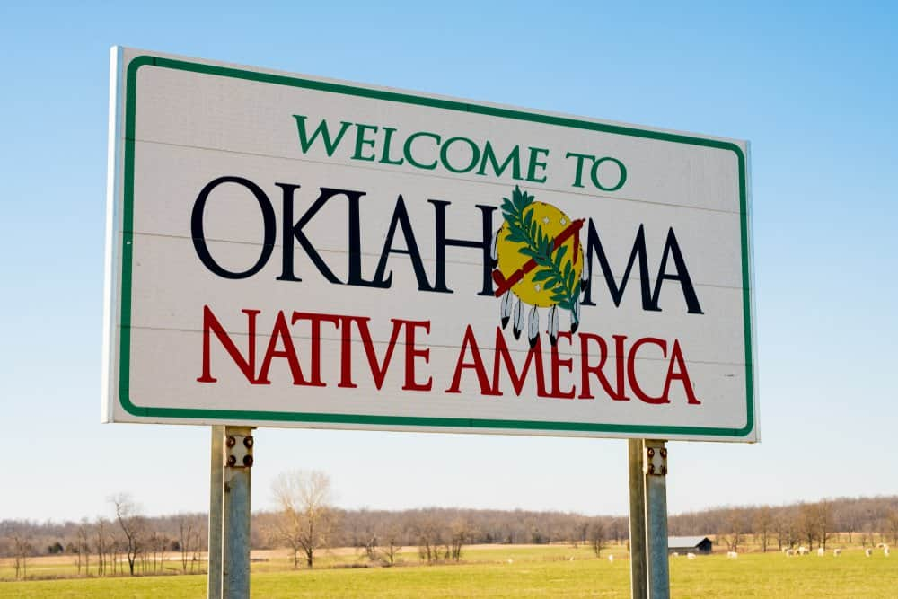 USA - Oklahoma - Welcome ot Oklahoma Sign on a sunny blue sky day