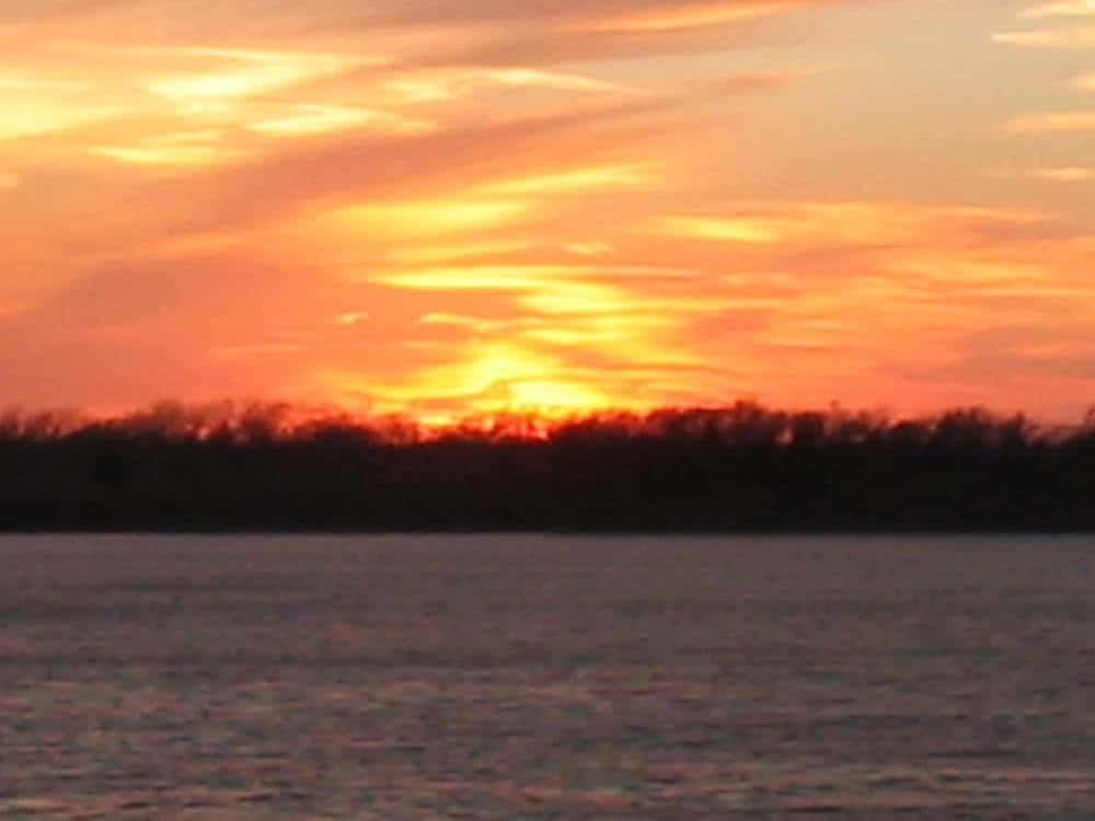 Oklahoma - The sunset on Canton Lake in Oklahoma