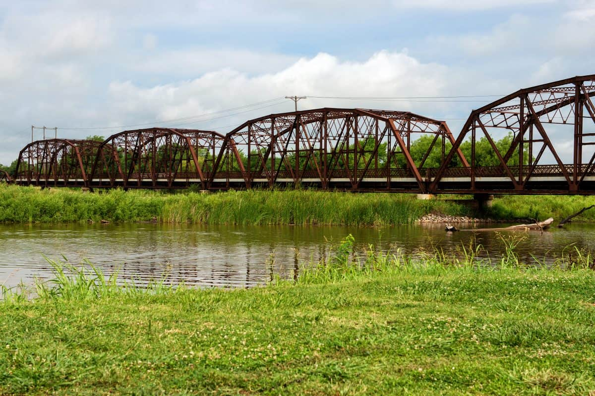 Lake Overholser Bridge in Bethany/Oklahoma City: Famous Route 66 icon that was built 1924.