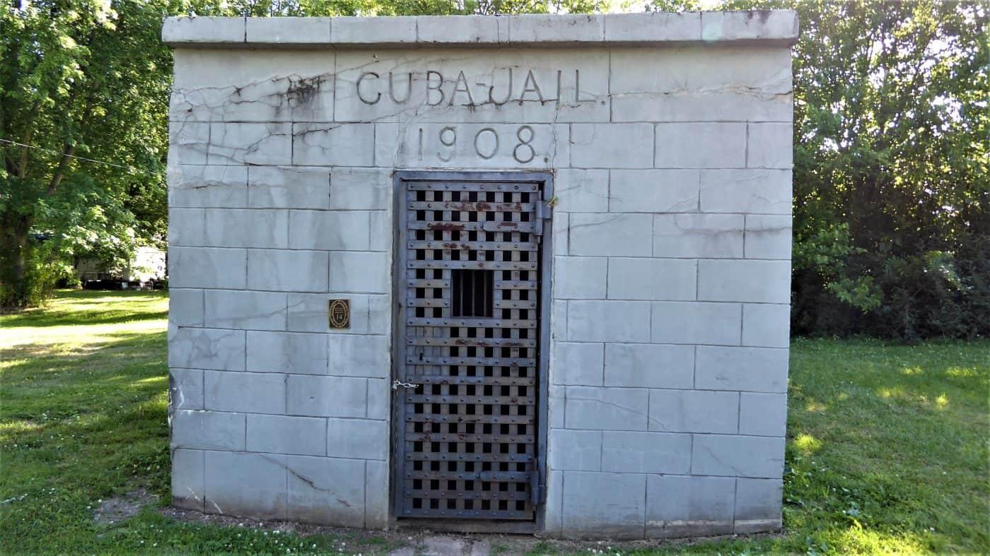 Cuba jail at Route 66, Cuba Missouri, USA