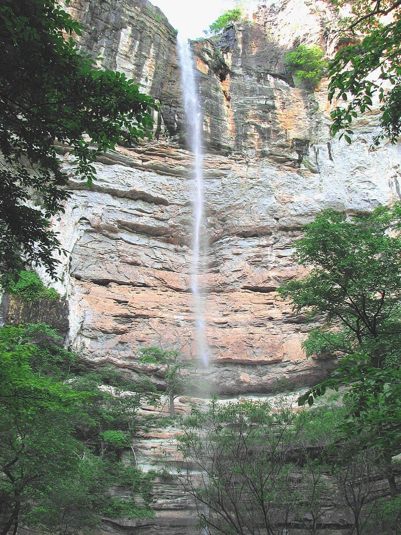 USA - Arkansas - Hemmed-In Hollow Falls