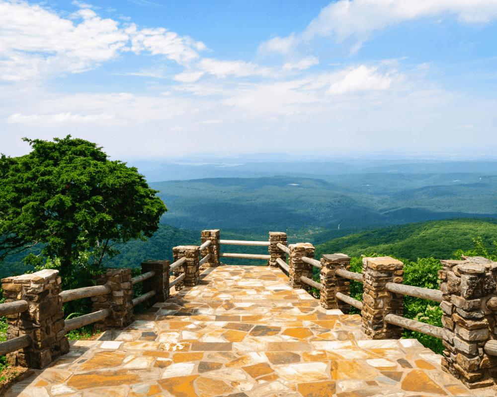 USA - Arkansas- Mount Magazine State Park