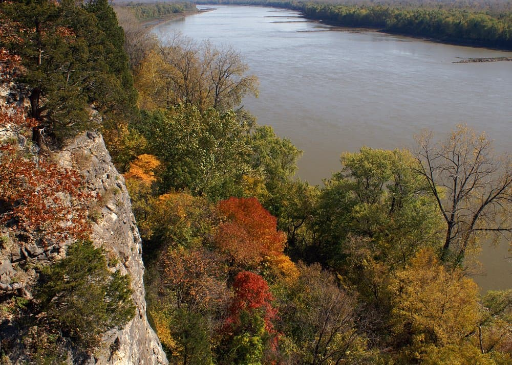 Missouri - Missouri River- Lewis and Clark Hiking Trail