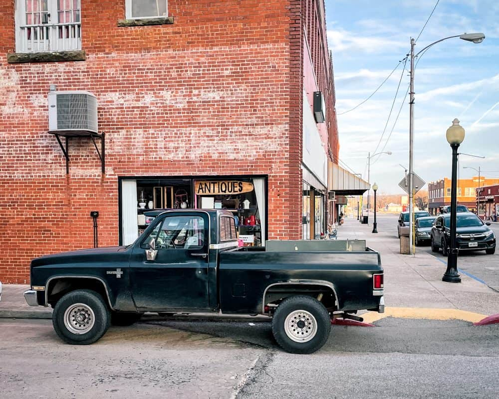Oklahoma - Pawhuska - Antique Store and Truck