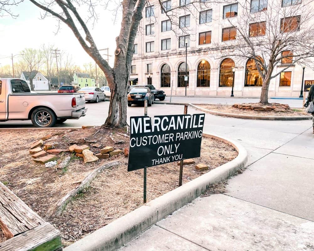 Oklahoma - Pawhuska - The Mercantile Parking