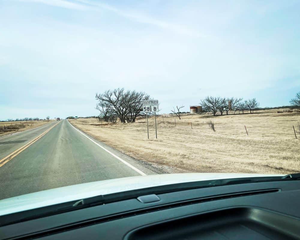 Oklahoma - Okeene - Road to Gloss Mountain State Park Okeene to Fairview