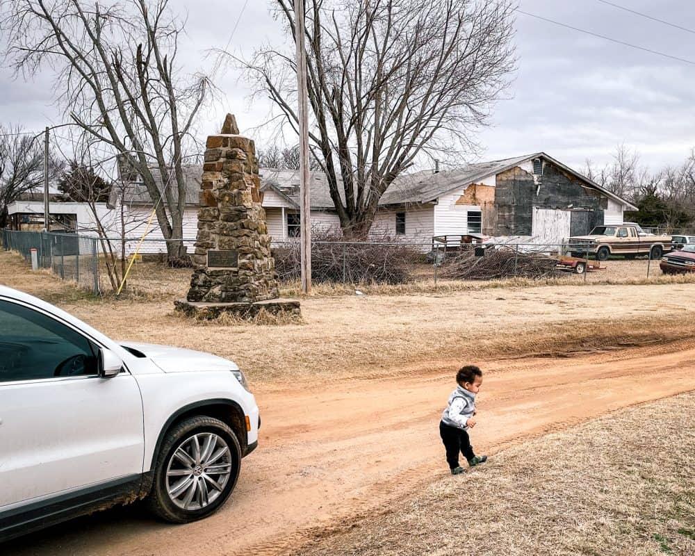 Oklahoma - Ingalls - Monument and Jordan