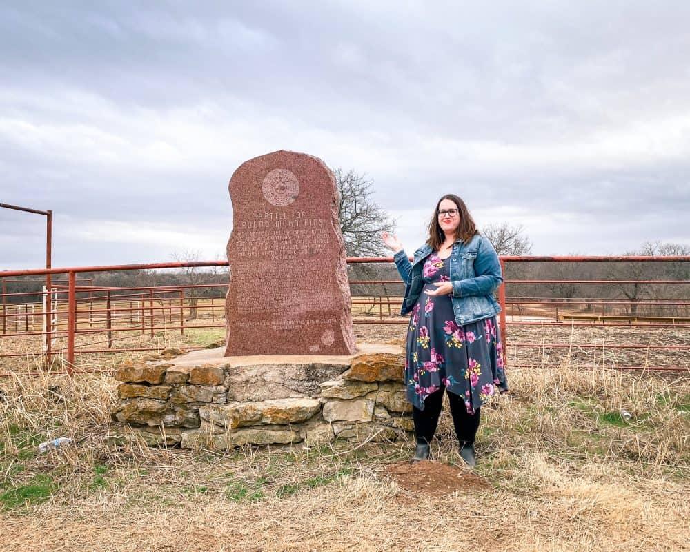 Oklahoma - Yale - Battle of Round Mountains Monument - Stephanie