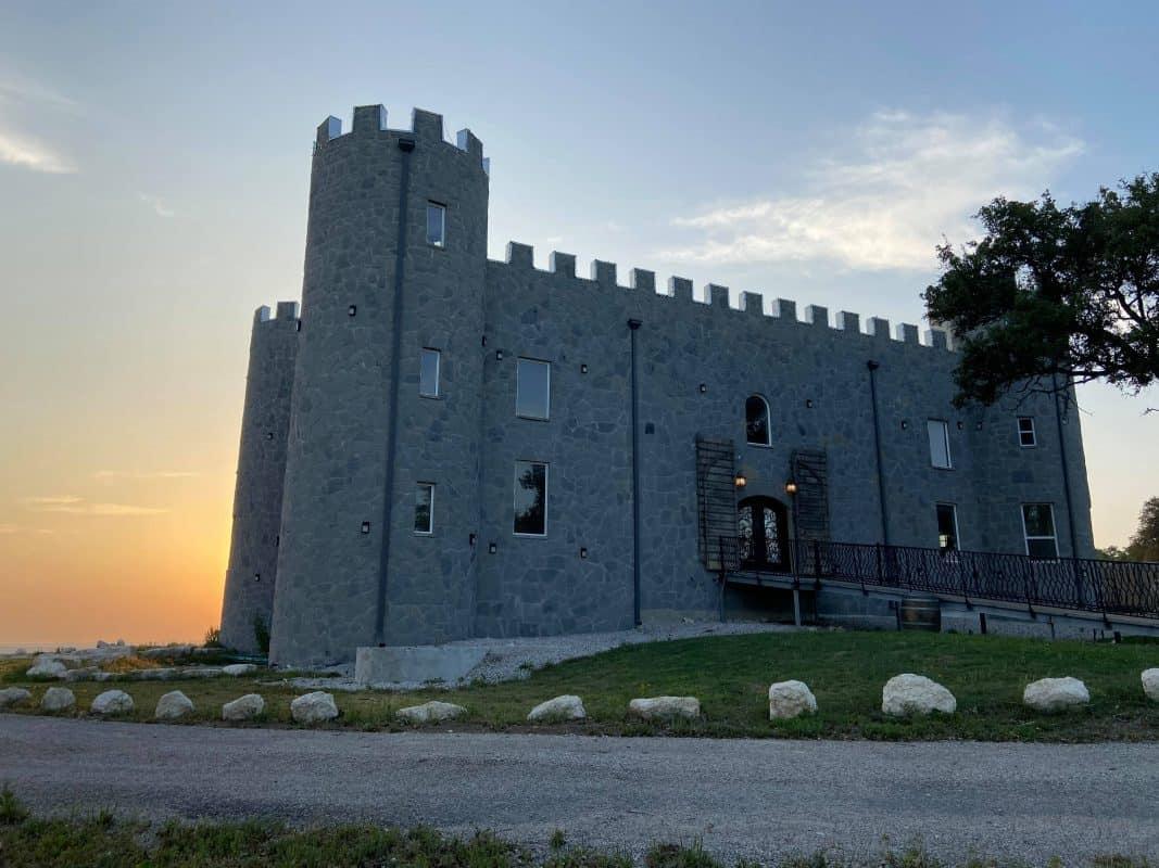 Texas - 290 Wine Castle