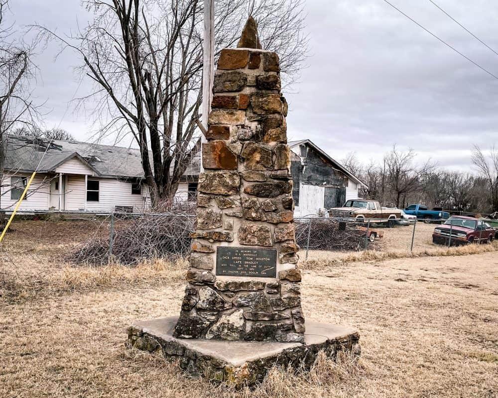 Oklahoma - Ingalls - The Battle of Ingalls Monument