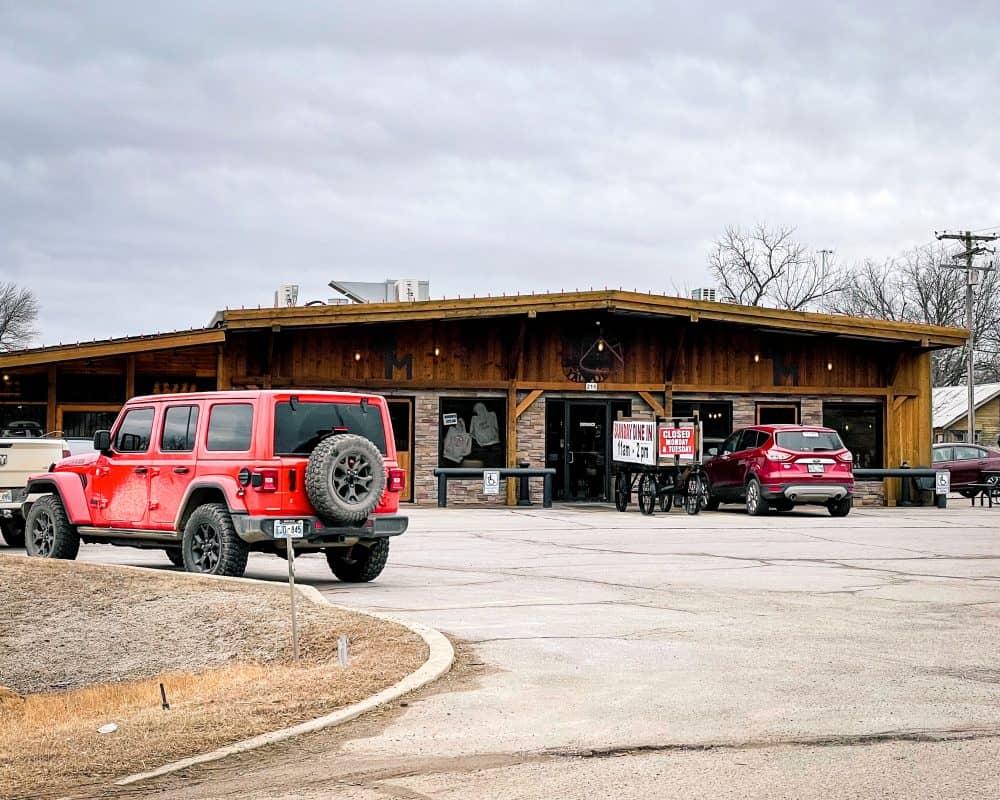 Oklahoma - Yale - Mugsy's Grubhouse