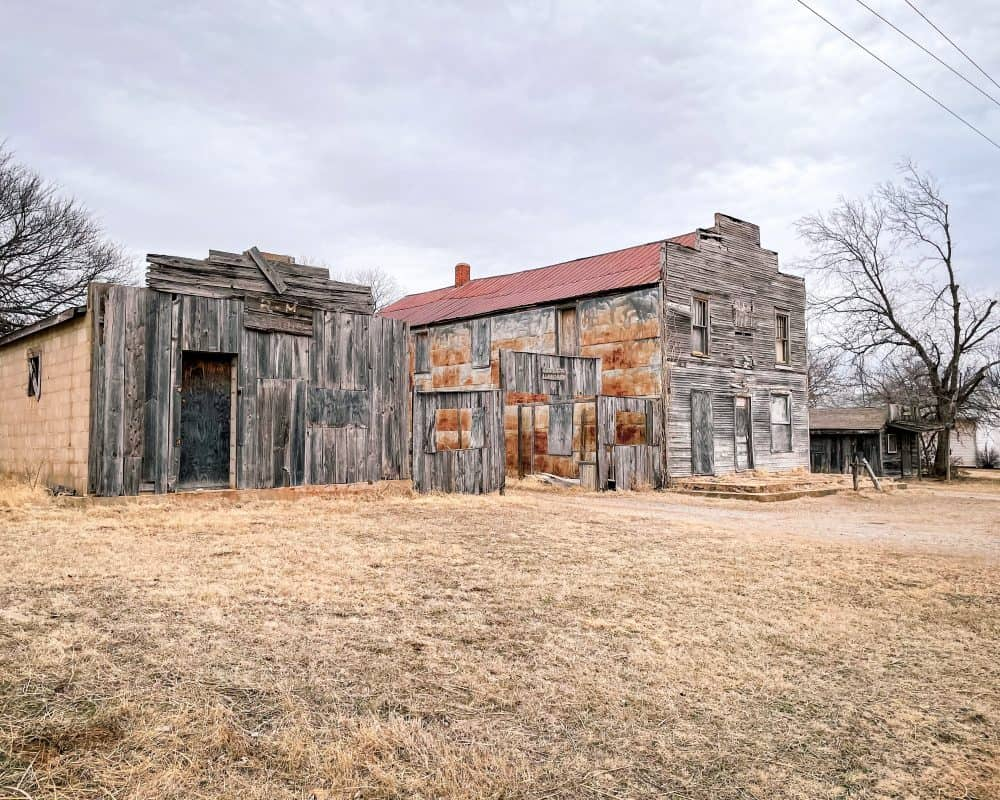 Oklahoma - Ingalls - Ingalls Ghost Town hotel and general store and barn and livery