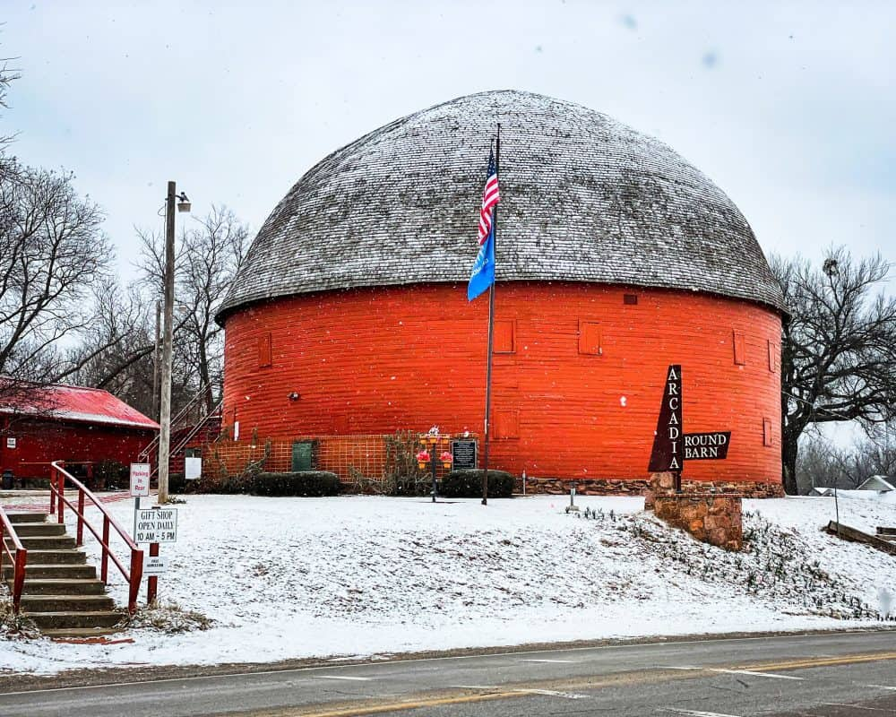 Oklahoma - Arcadia - Arcadia Round Barn in the Winter Snow