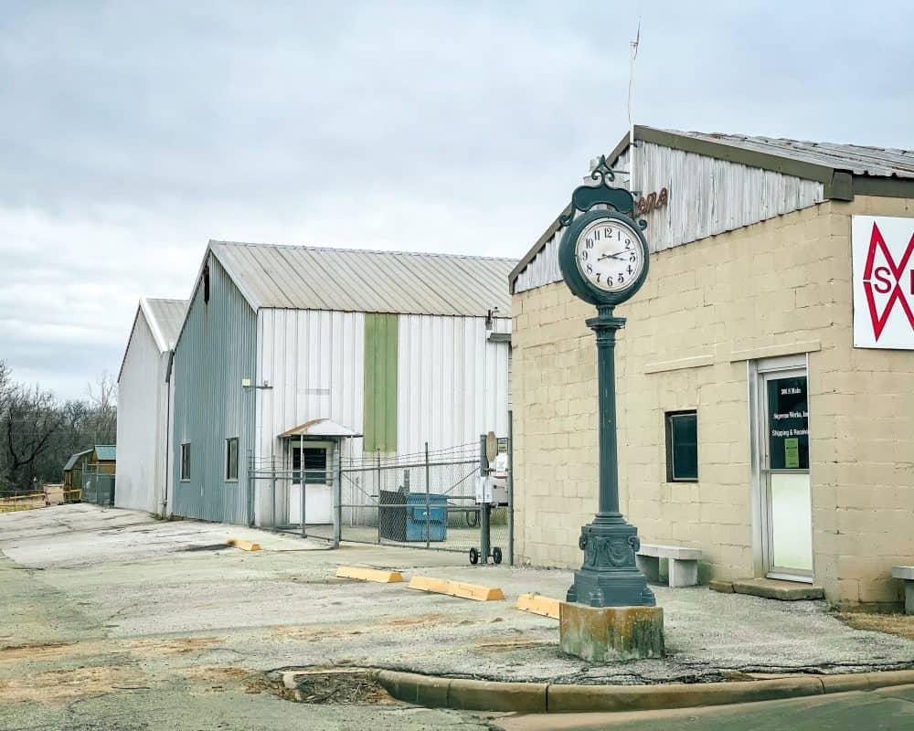 Oklahoma - Yale - Supreme Building and Clock on Main Street