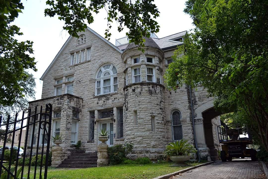 Texas - San Antonio - Maverick Carter House