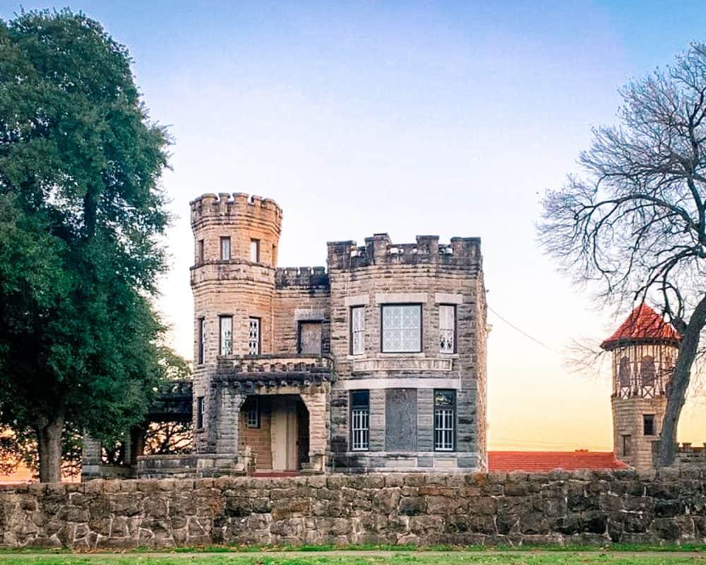 Texas - Waco - Cottonland Castle