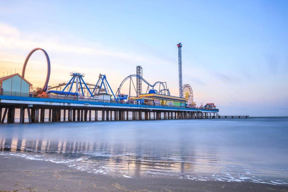 Texas - Galveston - Sunrise Galveston Pleasure Pier