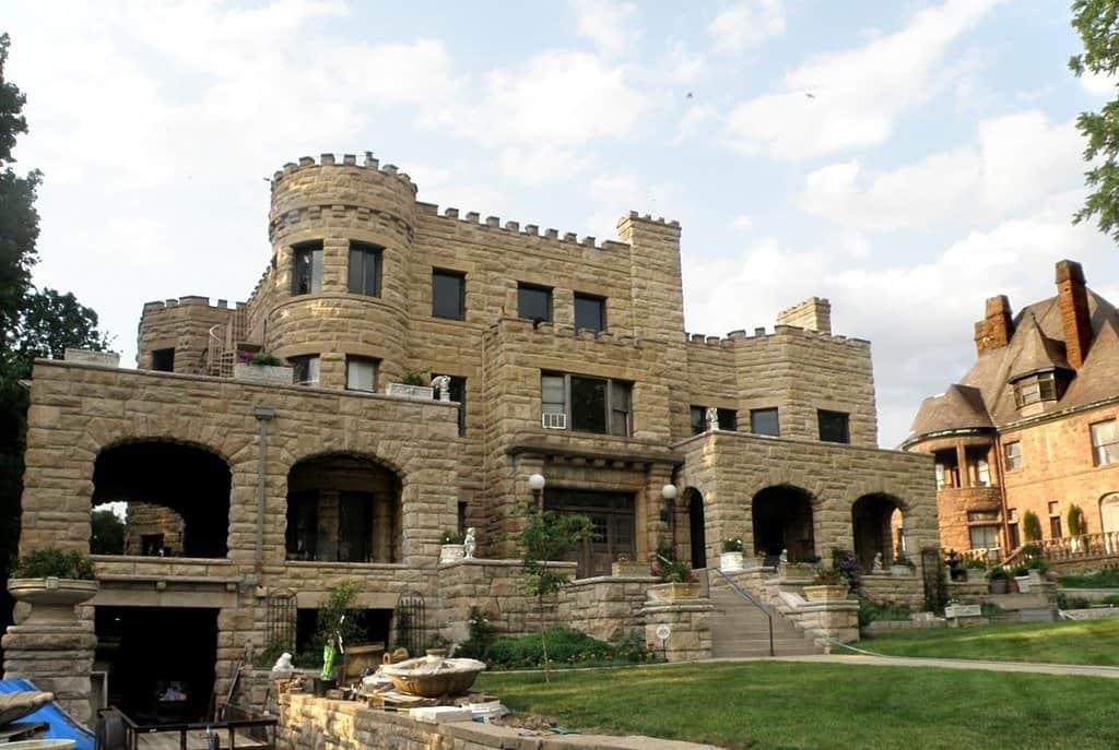 Missouri - Kansas City - Wallace House Castle