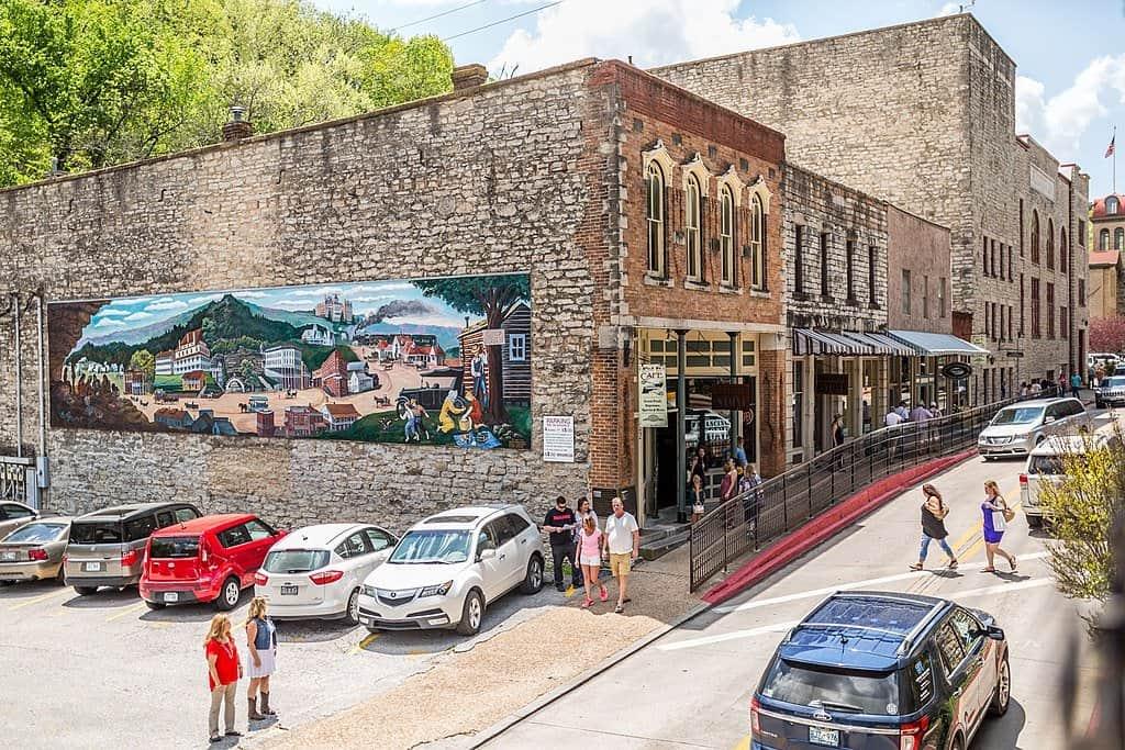 Arkansas - Eurkea Springs - Downtown