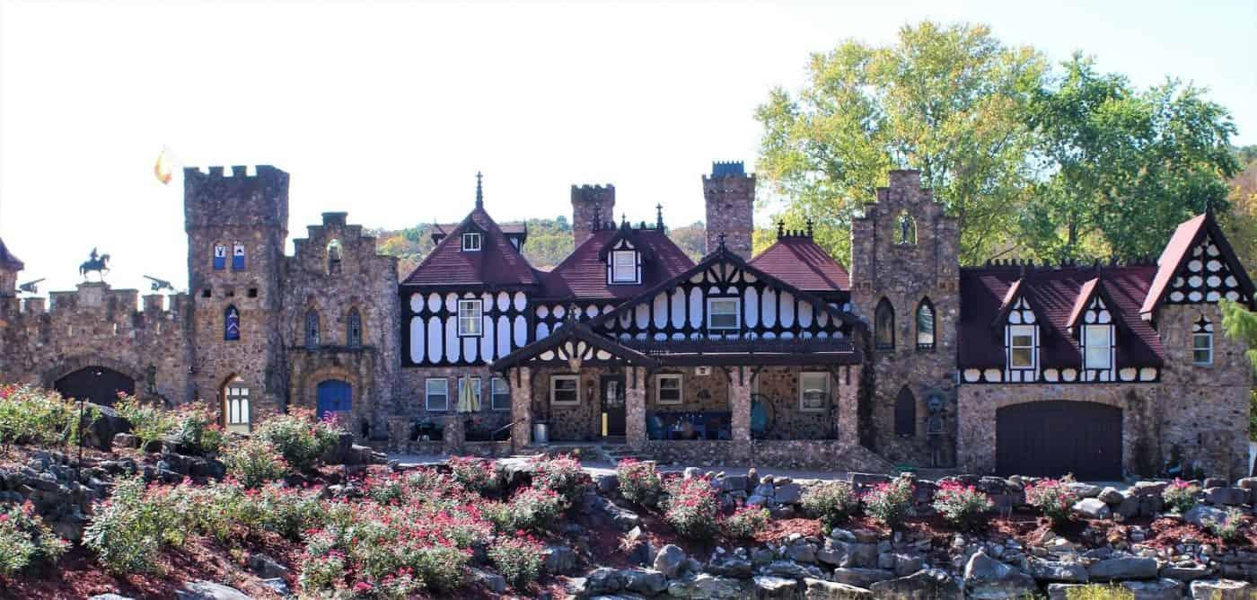 Missouri - Saint Mary - Twin Turret Farm and Castle