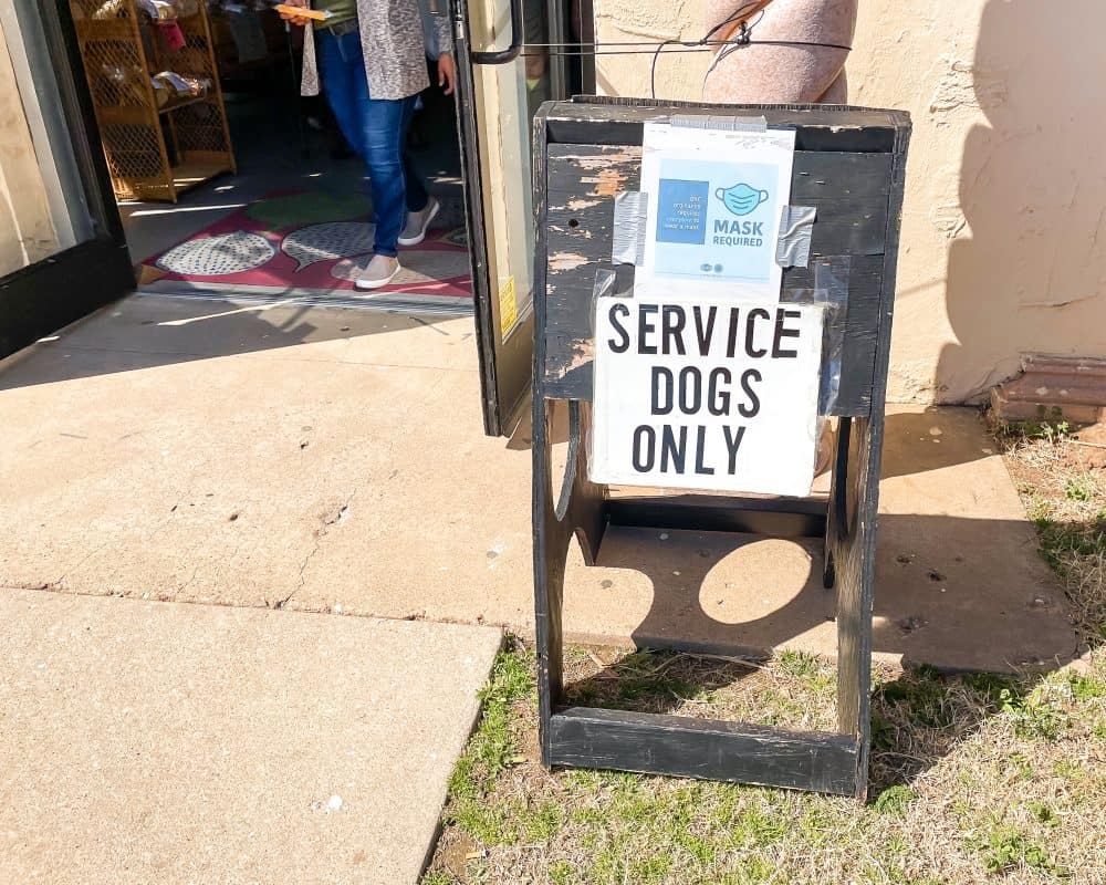 Oklahoma - Oklahoma City - Farmers Market District - Service Dogs Only Sign