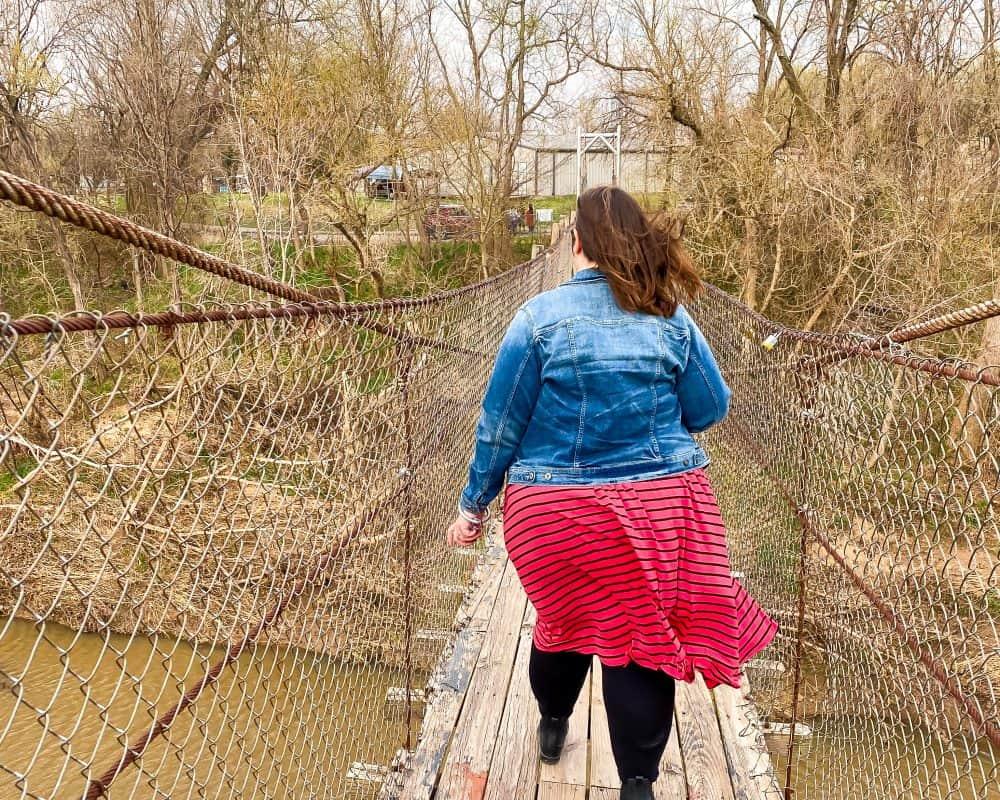Oklahoma - Pawhuska - Pawhuska Swinging Bridge - Stephanie on the Bridge