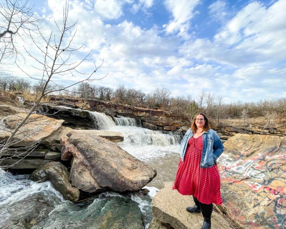 Oklahoma - Pawhuska - Bluestem Falls - Stephanie