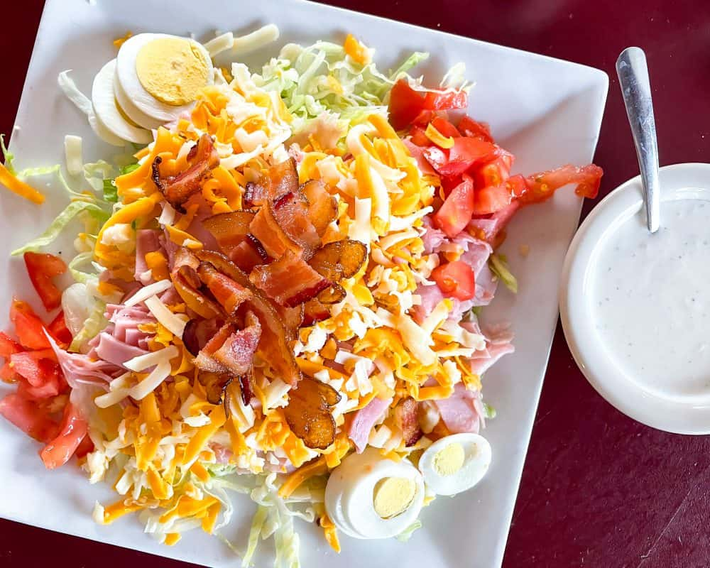 Oklahoma - Guthrie - Downtown Guthrie - Stables Cafe Chef Salad