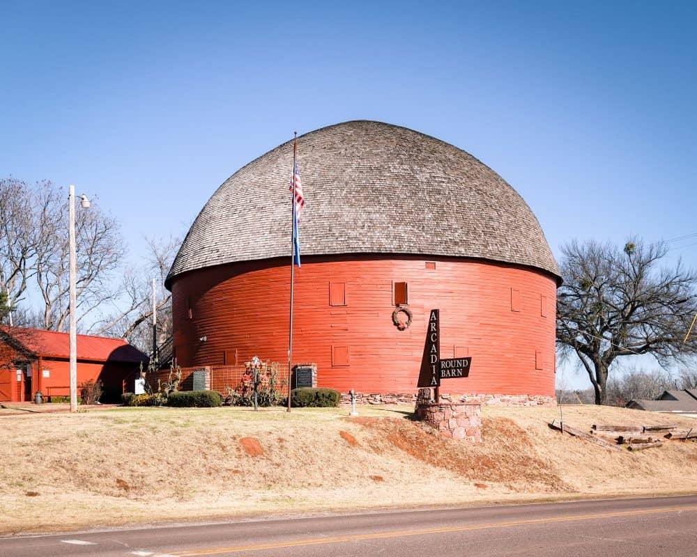 Oklahoma - Arcadia - Route 66 - Arcadia Round Barn