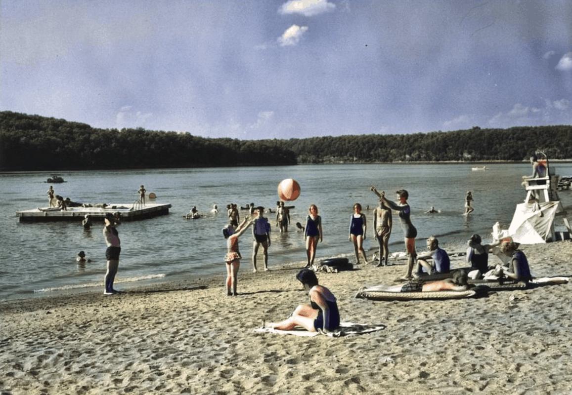 Missouri - Lake Of The Ozarks Public Beach #1