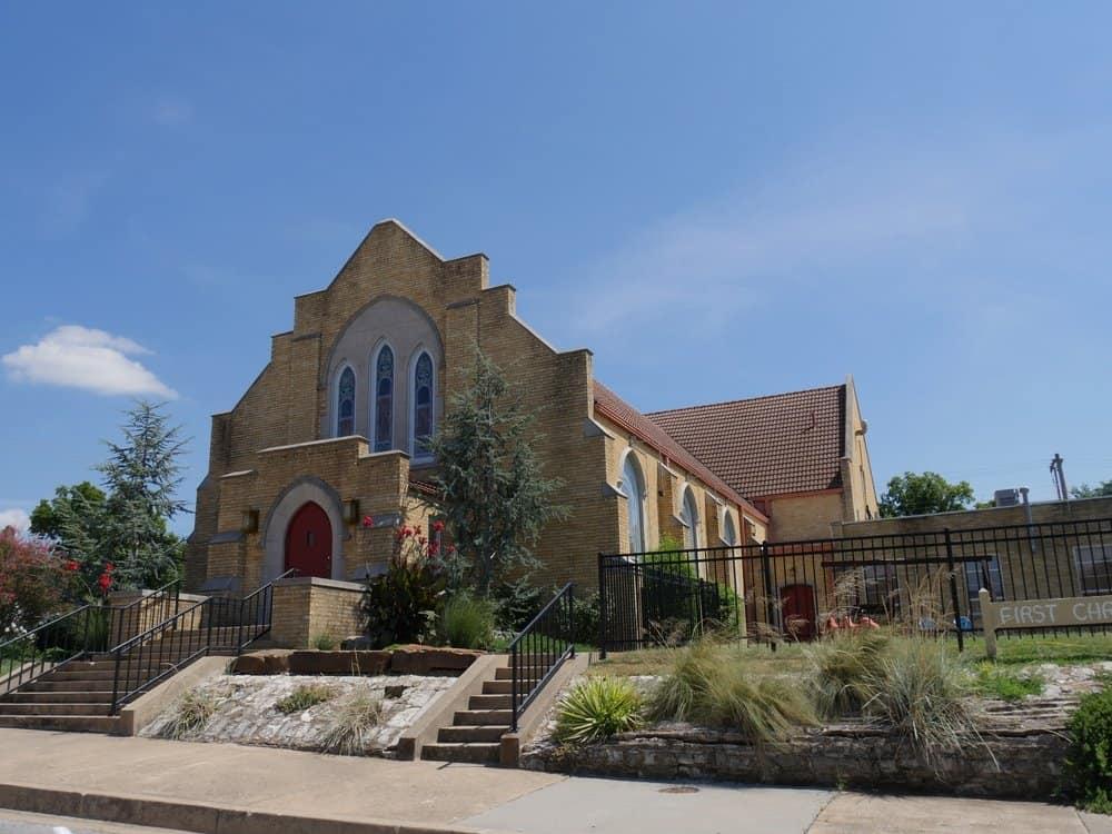 Oklahoma -Sulphur - First Christian Church by the roadside, Sulphur, Oklahoma