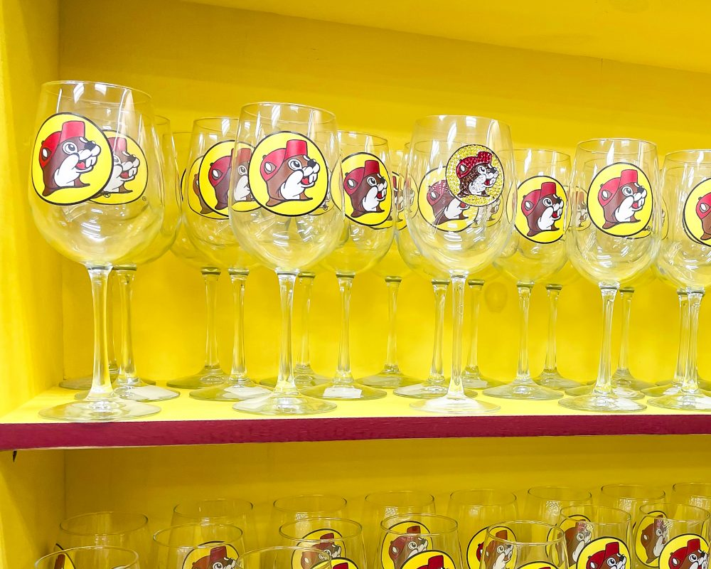 Texas - Temple - Buc-ee's Convenience Store and Gas Station - Buc-ee's Barware