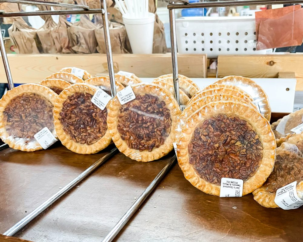 Texas - Luling - Downtown Luling - Original City Market BBQ - Pecan Pie