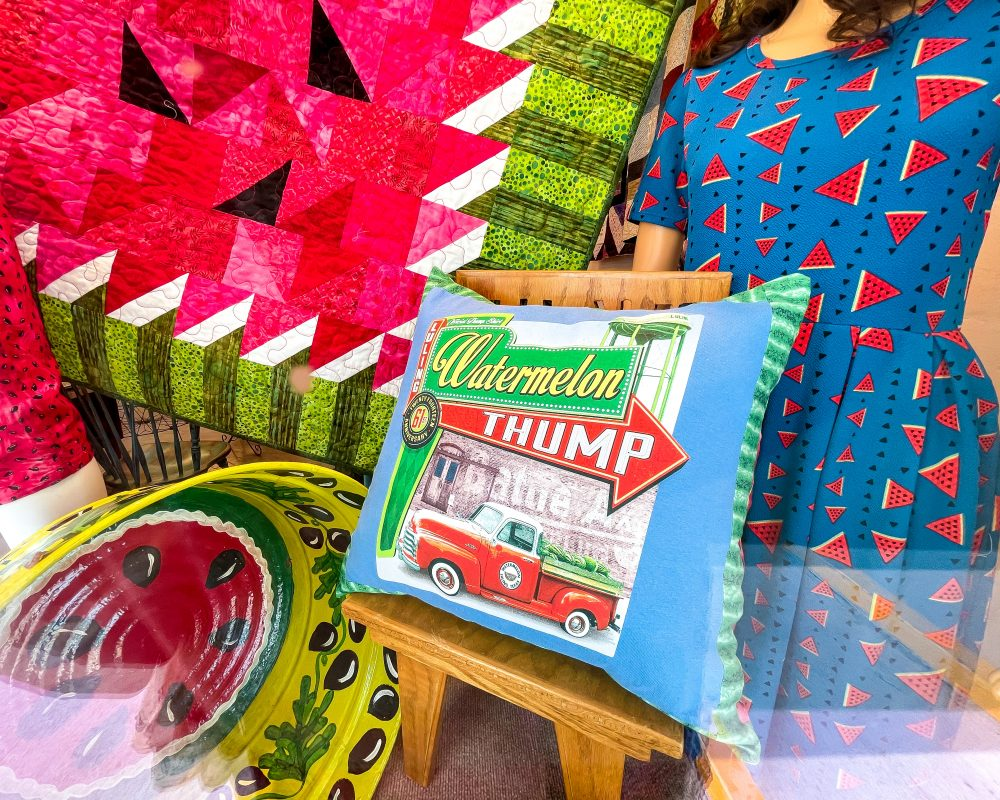 Texas - Luling - Downtown Luling - Watermelon Thump Quilt and Pillow - HollyDee Quilts