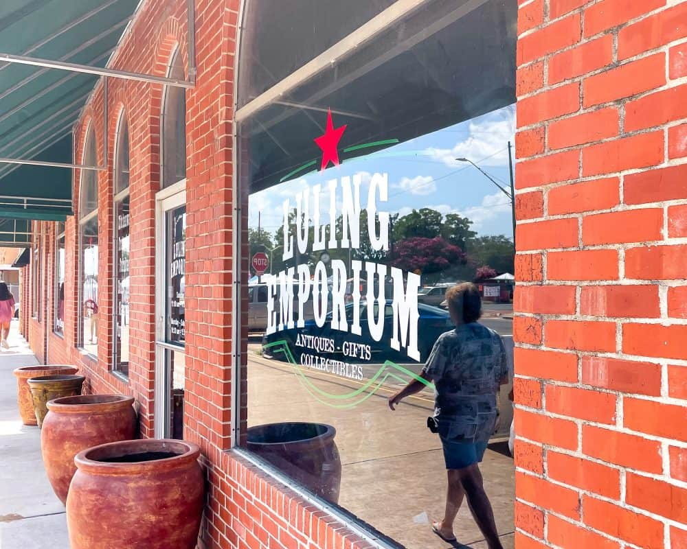Texas - Luling - Shopping in Luling Souvenirs - Luling Emporium