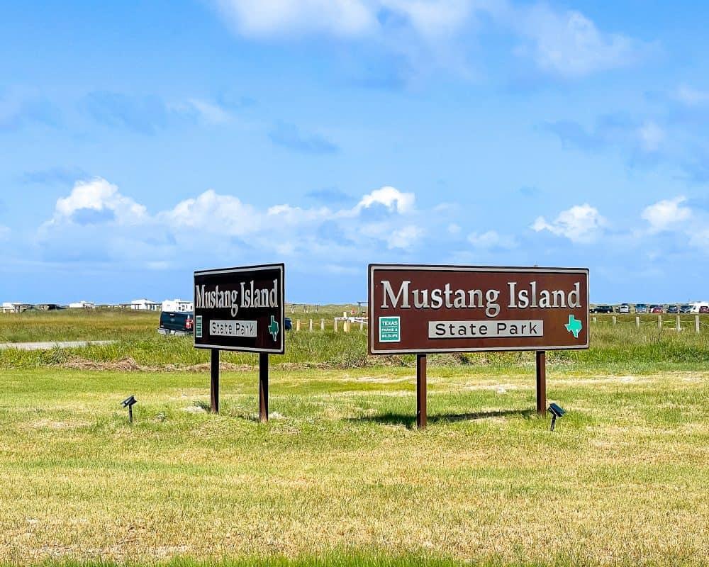 Texas - Corpus Christi - Mustang Island State Park - Park Sign