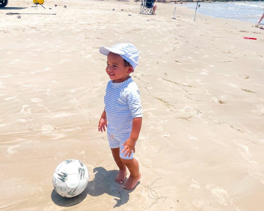 Texas - Corpus Christi - Mustang Island State Park - Playing on the beach Jordan