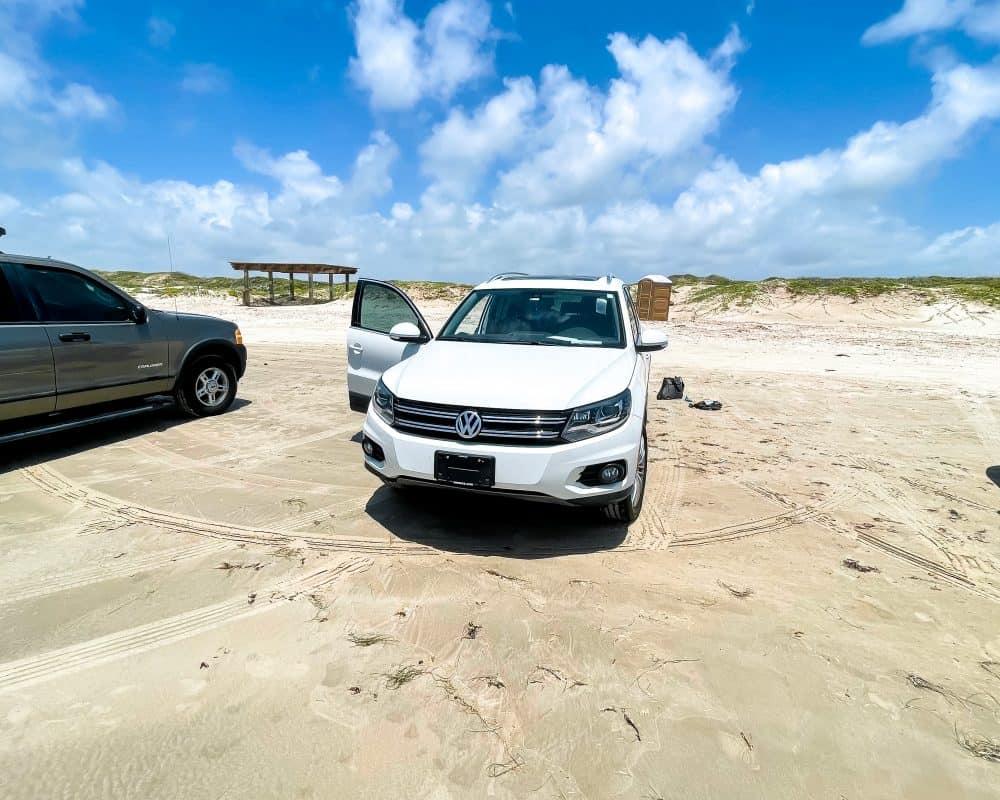 Texas - Corpus Christi - Mustang Island State Park - Parking on the beach
